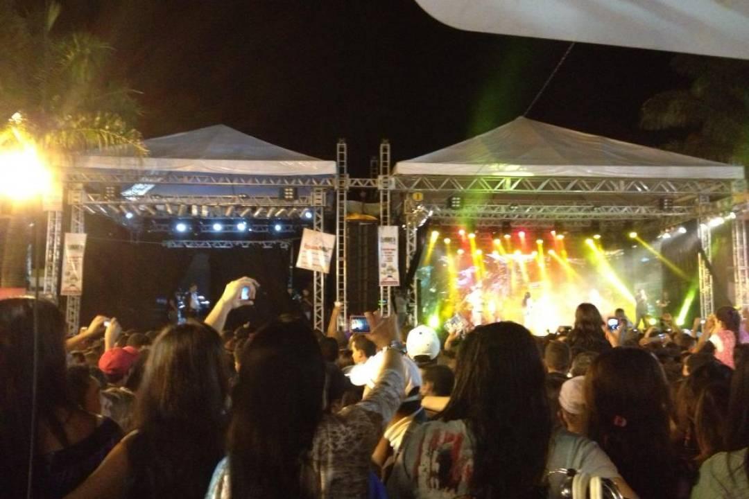 Festa em Iguaí